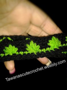 Ravelry: Peace leaf headband pattern by Tawana Edwards Crochet Borders, Crochet Stitches Patterns, Crochet Motif, Diy Crochet, Crochet Crafts, Crochet Projects, Stitch Patterns, Crochet Pot Leaf, Crochet Leaves