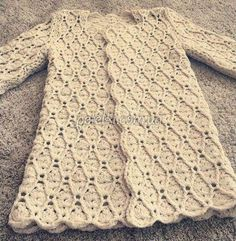 Beautiful crochet coat with diagram&video Crochet Bolero, Beau Crochet, Pull Crochet, Crochet Baby Sweaters, Crochet Hook Set, Crochet Coat, Crochet Cardigan Pattern, Crochet Jacket, Crochet Blouse