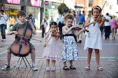 Grafton Street musicians ... Dublin, Ireland