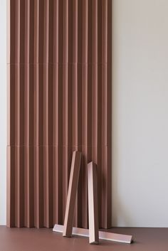 Porcelain stoneware 3D Wall Cladding ROMBINI TRIANGLE RED by MUTINA design Ronan & Erwan Bouroullec