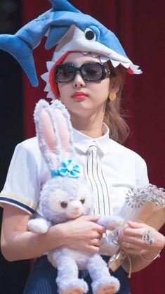 Twice Album, Twice Fanart, Rapper, Nayeon Twice, Twice Kpop, Im Nayeon, Fandom, Meme Faces, Hyuna