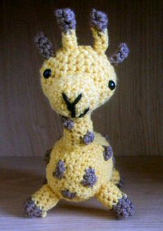 Adorable #amigurumi giraffe by Melissa Moore, pinned with permission