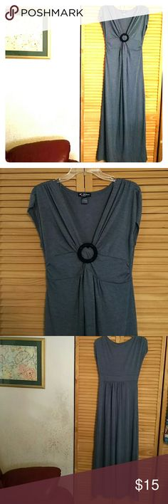 BEAUTIFUL MAXI DRESS Great 67polyester, 29rayon and 4spandex dress. Never worn. love delirious LA Dresses Maxi