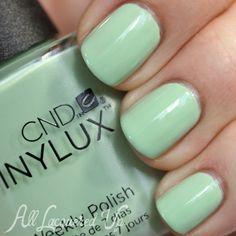 CND Mint Convertible VINYLUX swatch