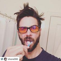 jamesswanwick@shane098 rocking his#swannies blue-blocking glasses. Here's what he said: ・・・ Sleep tight, block the blue light. Rockin my#swannies from @swanwicksleep #blueblockers #blockbluelight #healthy #healthylife