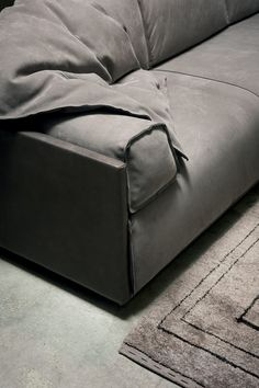 Leather sofa HARD & SOFT SLIM - BAXTER