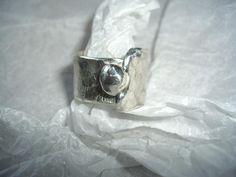 Ringe - Wickelring aus gehämmertem Silber - ein Designerstück von schmuckspektakel bei DaWanda