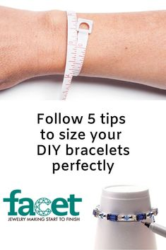 5 tips for the perfect fit by sizing bracelets. Diy Jewelry Projects, Jewelry Making Tutorials, Art Tutorials, Beaded Jewelry, Handmade Jewelry, Jewellery, Craft Patterns, Crochet Patterns, Gossamer Wings