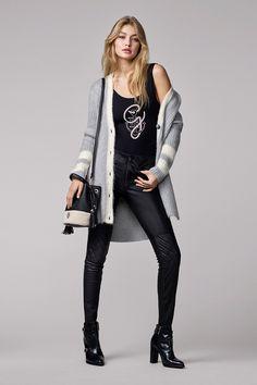 Look 10 - Gigi Hadid x Tommy Hilfiger