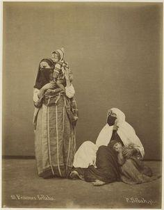 Pascal Sébah (* 1823 in Istanbul; † 15. Juni 1886 in Istanbul)