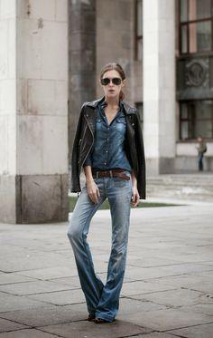 street style blogger, fashion blogger outfit, denim outfit, zara denim, parasuco jacket, leather jacket, biker jacket, moscow fashion week