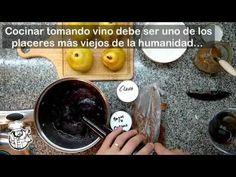 Peras al Malbec: una receta de Tony Bourdain más fácil de lo que suena