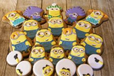 Minions! Minions Love, Minion Party, Little Cakes, Throw A Party, Despicable Me, Food And Drink, Lol, Baking, Biscuits