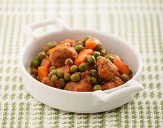 Spezzatino di soia con piselli freschi e carote