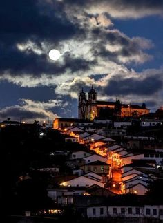 Full moon in Ouro Preto - MG