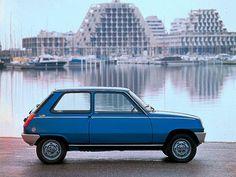 Renault 5 !!! El auto mi Tata. En uno igual a este aprendí a manejar con el, salí con amigos de carrete y choqué por primera y unica vez hasta ahora :P Que buenos recuerdos !!!