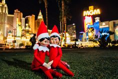 Visit Las Vegas in a private Limousine Tour of the Las Vegas Strip. Las Vegas Limo, Visit Las Vegas, Las Vegas Strip, Holidays 2017, Elf On The Shelf, Christmas Time, December, Celebrity, Tours