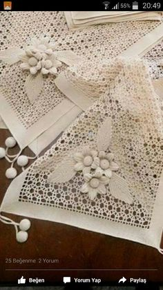Delight yourself: The beautiful crochet details on the tablecloth - Beautiful Crochet Delight details tablecloth - Style Crochet Motifs, Crochet Art, Filet Crochet, Irish Crochet, Vintage Crochet, Crochet Doilies, Crochet Flowers, Crochet Patterns, Basic Embroidery Stitches