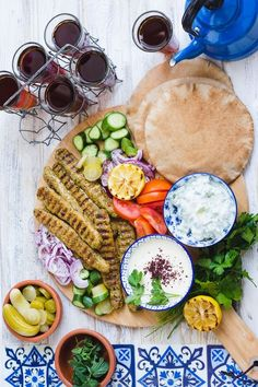Chicken kofta Sauces, Wine Recipes, Cooking Recipes, Boneless Chicken Breast, Middle Eastern Recipes, Saveur, Food For Thought, Quick Easy Meals, A Food