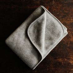 100% organic merino wool fleece baby blanket - Light Grey