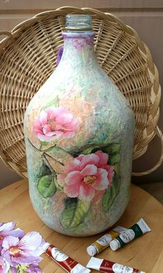 1 million+ Stunning Free Images to Use Anywhere Recycled Glass Bottles, Glass Bottle Crafts, Wine Bottle Art, Painted Wine Bottles, Painted Jars, Diy Bottle, Bottles And Jars, Decoupage Art, Decoupage Vintage