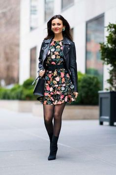 Welcome to OoohVictoriaJustice Brazilian fan club dedicated to Victoria Justice! Nylons, Pantyhose Outfits, Black Pantyhose, Fashion Tights, Fashion Outfits, Womens Fashion, Tights Outfit, Vicky Justice, Dress With Stockings
