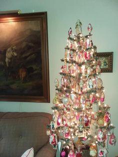 German Christmas Ornaments, Christmas Trees, Vintage Christmas, Deck The Halls, Vintage Ornaments, Whimsical, Display, Antiques, Holiday Decor
