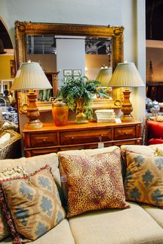 Living room furniture and decor found at Avery Lane Fine Consignment in Scottsdale, Arizona.