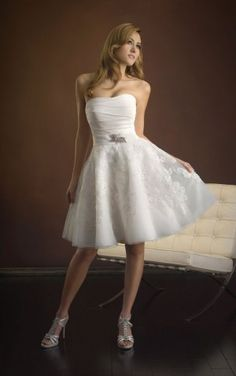 Discount Ball Gown Knee-length Strapless White Chiffon Dress
