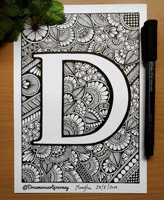 Intricate Doodles and Zentangle Drawings Dark Art Drawings, Art Drawings Beautiful, Art Drawings Sketches, Flower Drawings, Doodle Art Designs, Wall Art Designs, Doodle Patterns, Mandala Artwork, Mandala Drawing