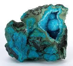 Afbeeldingsresultaat voor blauwe edelstenen