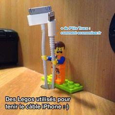 Que ce soit au bureau, dans la chambre ou la voiture, les Legos sont toujours là pour vous aider. Découvrez l'astuce ici : http://www.comment-economiser.fr/utilisez-legos-pour-tenir-vos-cables-et-les-retrouver.html?utm_content=buffere7293&utm_medium=social&utm_source=pinterest.com&utm_campaign=buffer