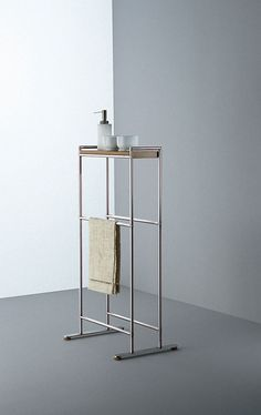 Bathroom accessorises: Towel rack Minimal by Boffi - bathrooms