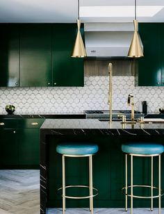 #interiordesign #kitchendecor #kitchenislandideas