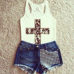 Love the shorts and tank.