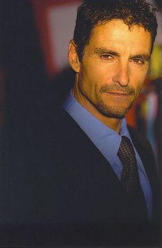 Cliff Simon (Stargate SG-1) http://www.imdb.com/name/nm0800101/