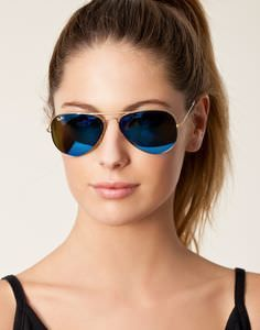 ray ban aviator blue - These blue colored sunglasses have a distinct appeal. Their color makes them stand out from the rest. If you are planning for a summer vacation near the beach then these blue tinted silver frame aviator glasses for women are a must have.