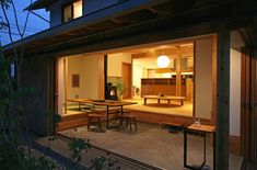 The design of the doma of a hause [The house which enjyoys Shinsyu DomaSalon] Modern Japanese Interior, Japanese Home Design, Japanese Style House, Japanese Home Decor, Japanese Modern, Flat Interior, Home Interior Design, Casa Patio, Compact House