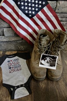 Pregnancy announcement before deployment! Military Pregnancy Announcement, Pregnancy Announcement To Husband, Pregnancy Announcement Photos, Pregnancy Photos, Baby Photos, Baby Announcements, Maternity Photos, Maternity Photography, Photography Poses