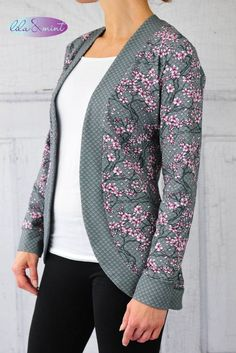 The Ladies Circle Cardigan is finally online ♥ Today I want to show you . The Ladies Circle Cardigan is finally online ♥ Today I want to show you the first design examples of the Ladies Circle C. Sewing Dress, Sewing Clothes, Diy Clothes, Clothes For Women, Ladies Clothes, Sweat Dress, Tee Dress, Fashion Sewing, Diy Fashion