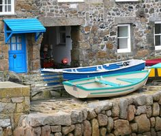 I have lovely memories of Mousehole, England Cornwall England, West Cornwall, Devon And Cornwall, Mousehole Cornwall, British Seaside, British Isles, Places To Travel, Places To See, Cornish Cottage