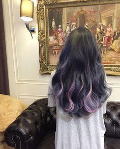 Hair - current hairstyles and hair products on We Heart It Hair Color Streaks, Hair Color Purple, Hair Dye Colors, Purple Peekaboo Hair, Two Color Hair, Blonde Color, Short Grunge Hair, Korean Hair Color, Dye My Hair