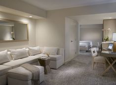 105 best hotel rooms images in 2019 miami beach hotels guest rh pinterest com