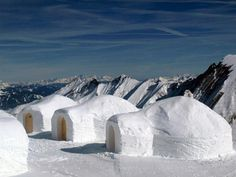 Igloos and Ice: the tiny houses of the Inuit Culture