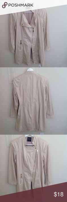 Insight New York light coat In great condition Jackets & Coats