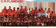 C.R. FLAMENGO (1975) - CAMPEÃO TORNEIO QUADRANGULAR INTERNACIONAL DE GOIÁS E TORNEIO 320 ANOS DE JUNDIAÍ (SP). Jogadores na fila do meio: Doval, Paulo Roberto, Julinho, Luís Carlos, Cantarelli e Ubirajara. Sentados: Silvinho, Gil, Liminha, Luís Paulo, Léo, Edson, Paulinho, Wanderley Luxemburgo, Rodrigues Neto, Rondinelli, Zico, Júnior, Jaime Almeida Filho, Geraldo e Luizinho Lemos.