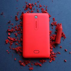 #NokiaAsha501 comes with scratch proof covers in beautiful organic colors.