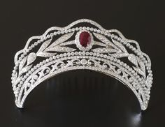 Diamond and ruby tiara - anything known about this?