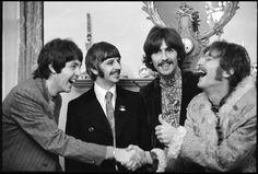 Photos by Linda McCartney Capture the Beatles, Jimi Hendrix, Twiggy, and More