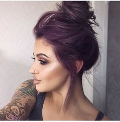 21 Lavender Hair Looks That Will Make You Grab Hair Dye Immediately - hair - Hair Color Hair Color Purple, Violet Hair Colors, Subtle Purple Hair, Purple Hair Styles, Purple Tinted Hair, Dark Fall Hair Colors, Fun Hair Color, Hair Colours, Dark Violet Hair